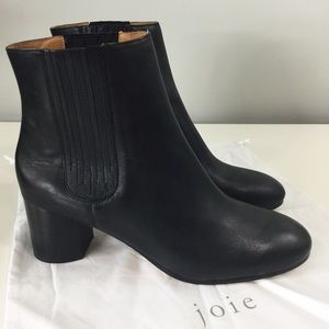Joie Remmie Black Leather booties Sz 10